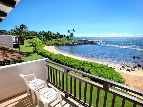 Poipu Kauai Beachfront Cottage Vacation Al Hale O He Bamboo House Is A Two Bedroom 3 Bath Home Twenty Feet From An Intimate White Sand Beach