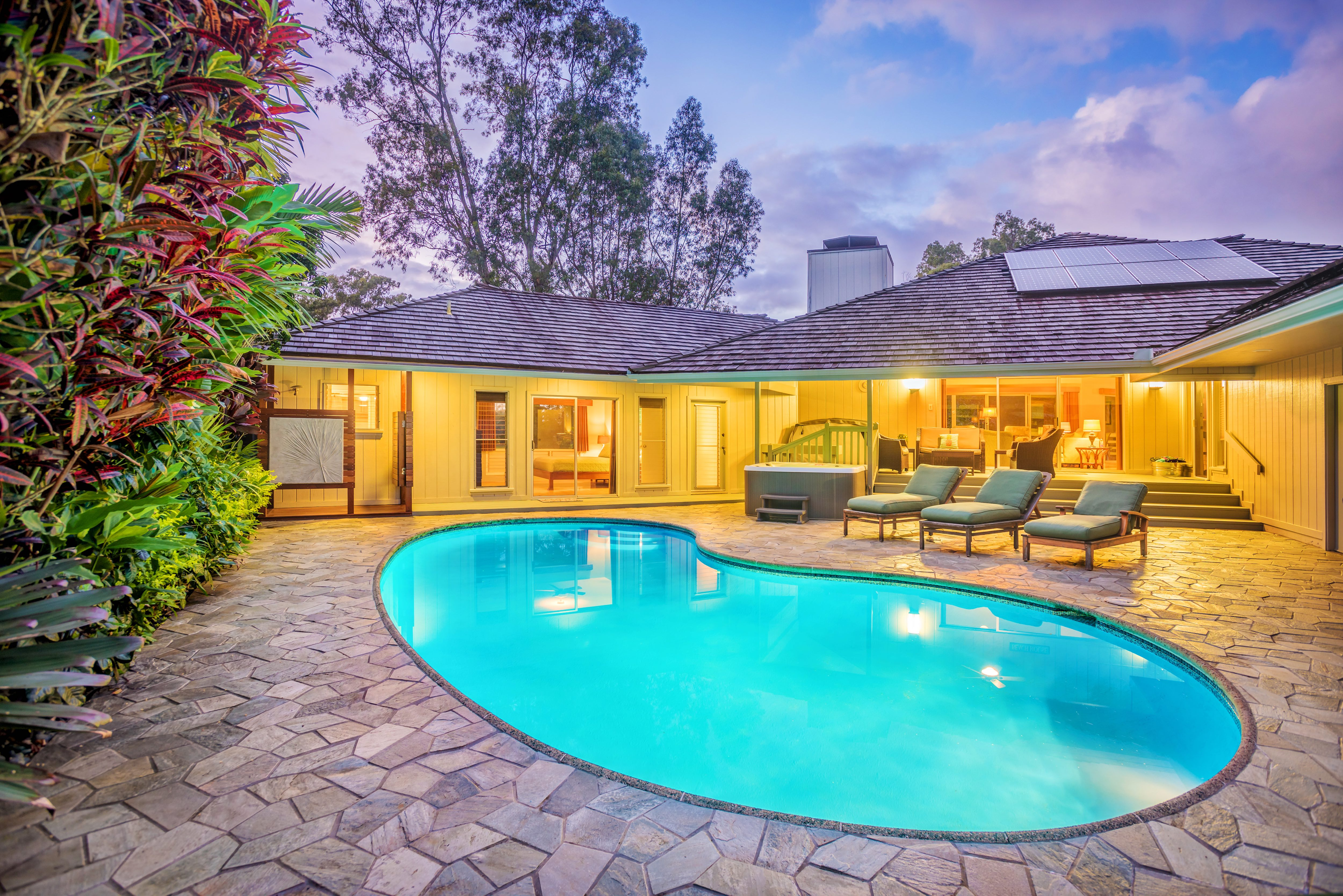 Princeville Kauai Vacation Rental The Kealohi Wai Princeville Boasts Panoramic Lake And Golf Course Views This Private And Luxurious 6 Bedroom Home In